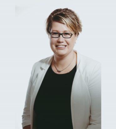 Yvonne Visser